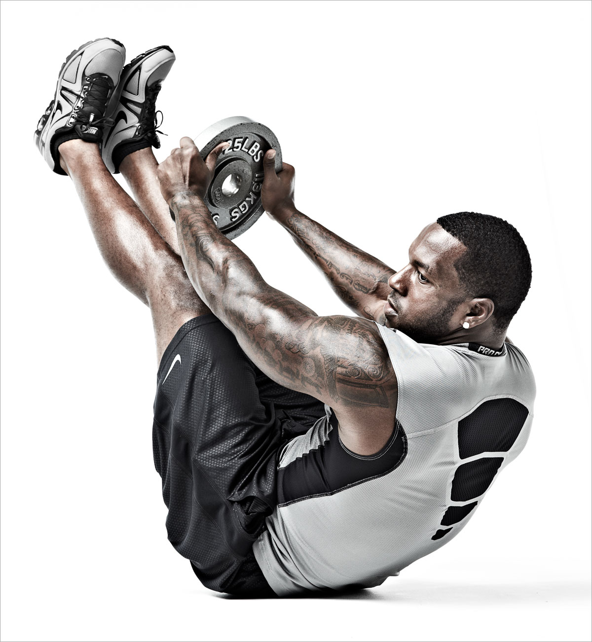 Patrick_Willis_Weighted_SitUp_058-DUP.jpg